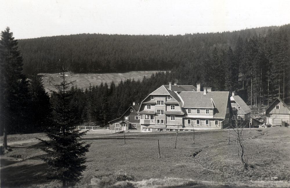 mlyn Chaty orlických hor   Šerlišský mlýn a Masarykova chata
